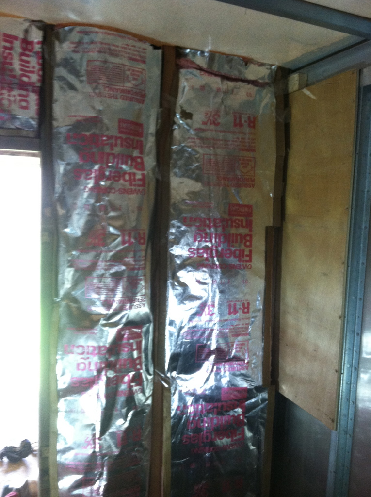 insulation in the partition wall